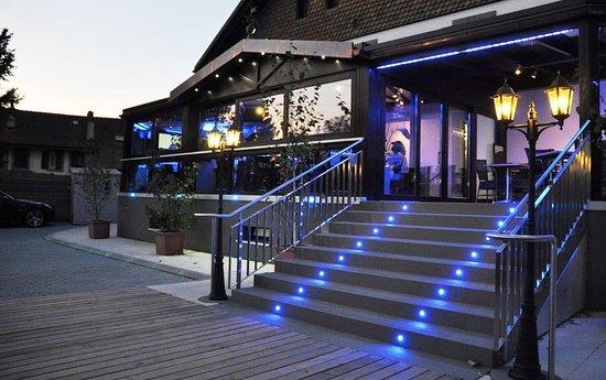 Cheseaux-sur-Lausanne, Schweiz: Hotel Galion and Pub