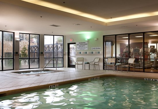 Denton, Teksas: Indoor Pool