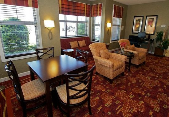 College Station, TX : Business Center