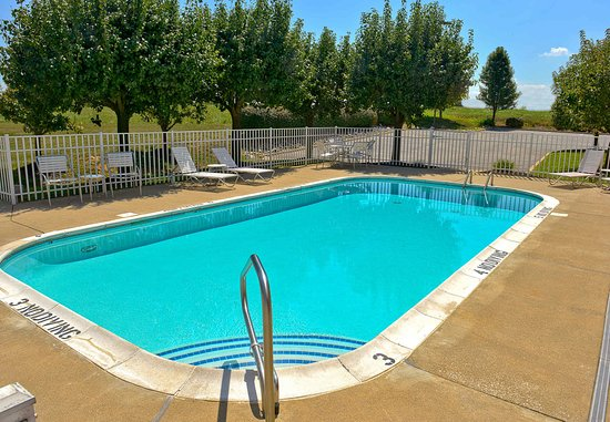 Shepherdsville, KY: Outdoor Pool