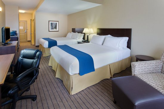 Courtenay, Canada: ADA/Handicapped accessible Two Queen Guest Room