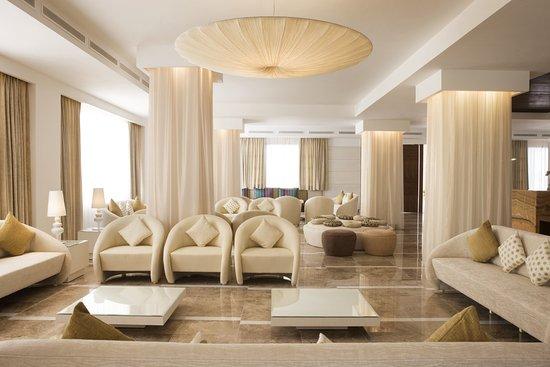Beloved Playa Mujeres: Lobby
