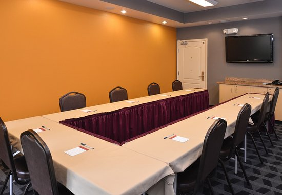 Roseville, CA: Meeting Room