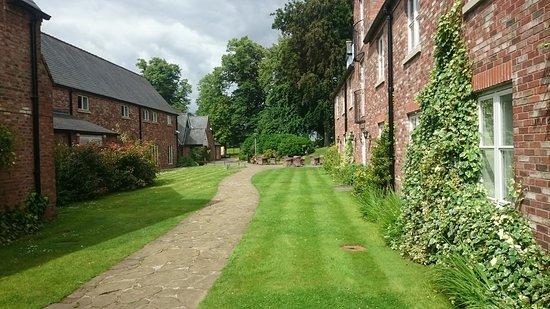 Worsley - plenty of space to walk