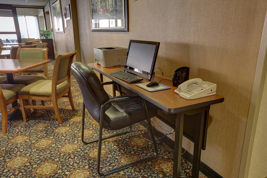 Bilde fra SureStay Plus Hotel by Best Western Chicago Lombard