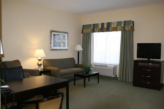 Alpine, TX: Double Queen Suite