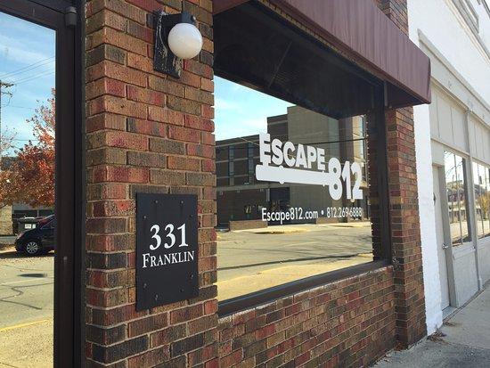 Escape 812