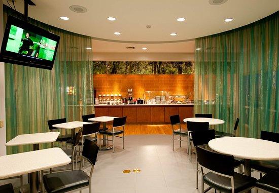SpringHill Suites Vero Beach: Breakfast Room