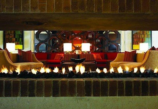 Bogota Marriott Hotel: Lobby Sitting Area