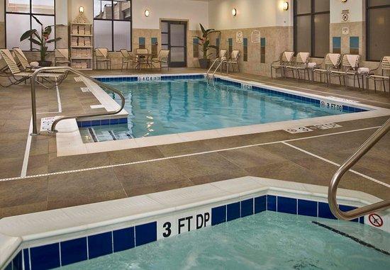 Springfield, VA: Indoor Pool & Whirlpool