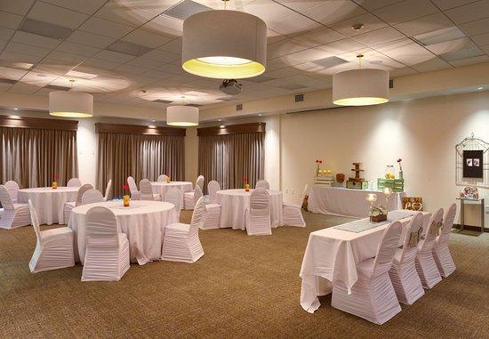 Rexburg, ID: Grand Teton Room - Round Set-Up