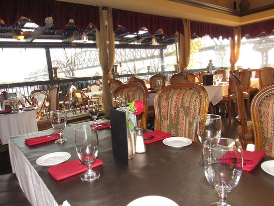 Jeffersonville, IN: Main dining room with the view of the big four walking bridge.