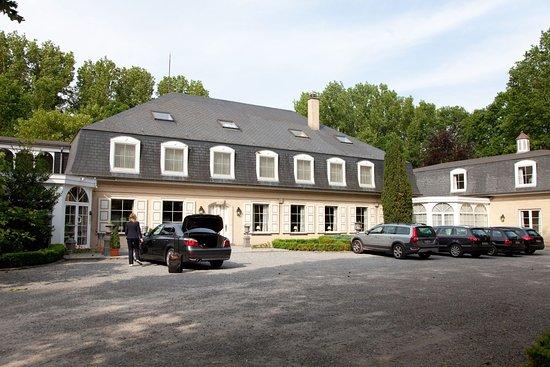 Rijmenam, Belgia: Exterior