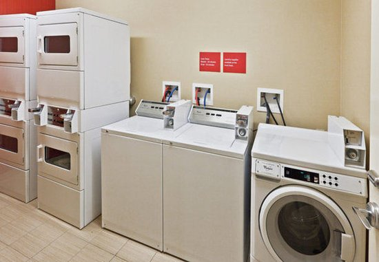Owasso, OK: Laundry Room