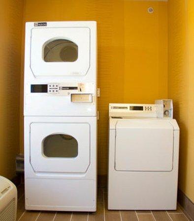 Watervliet, ميتشجان: Laundry Room