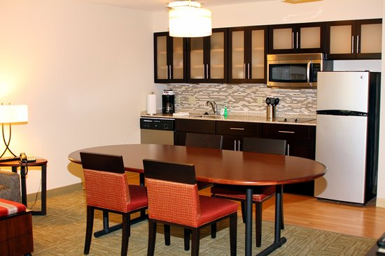 Liverpool, Estado de Nueva York: Conference Suite