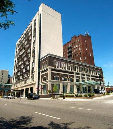 Photo of Hotel Blackhawk, Autograph Collection Davenport