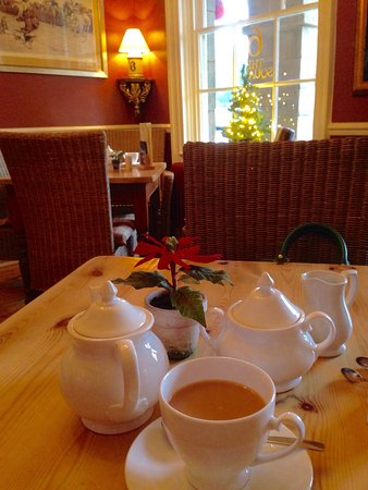 No.6 the Square: Lovely cup of tea on wintry afternoon