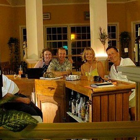 Paya Bay Resort: Bar/Lounge