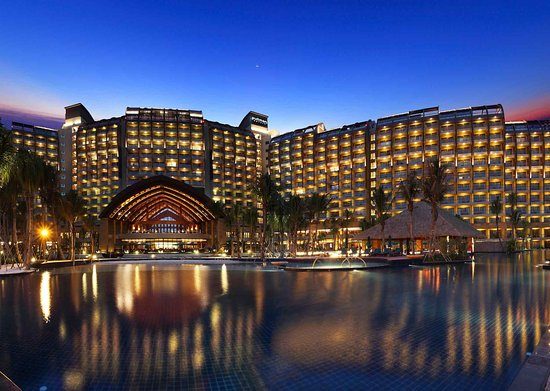 Pullman Oceanview Sanya Bay Resort & Spa