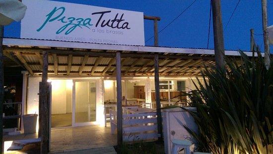 Pizza Tutta- Punta Piedras
