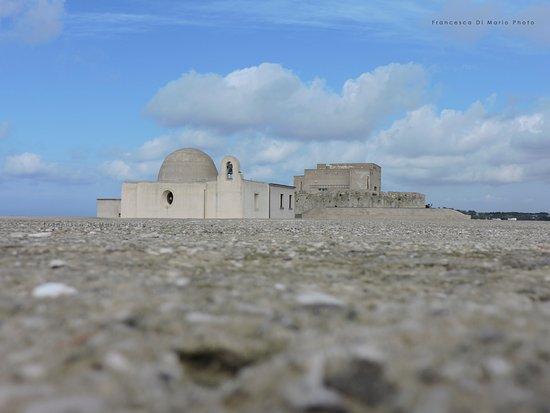 Baia, Itália: vista del castello dalla terrazza