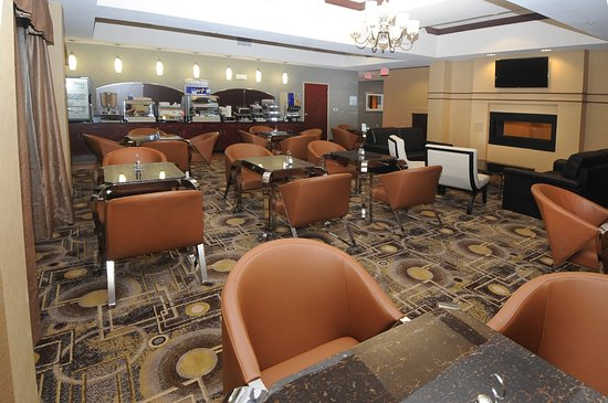 Holiday Inn Express Somerset: Breakfast Area