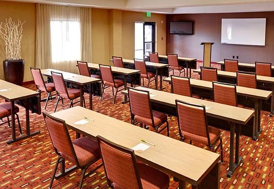 Cheektowaga, NY: Meeting Room