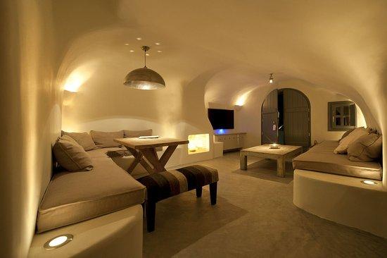 Kapari Natural Resort: Lounge Area