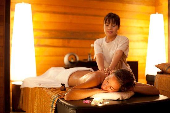 Anantara Rasananda Koh Phangan Villas: Indoor Treatment Suite