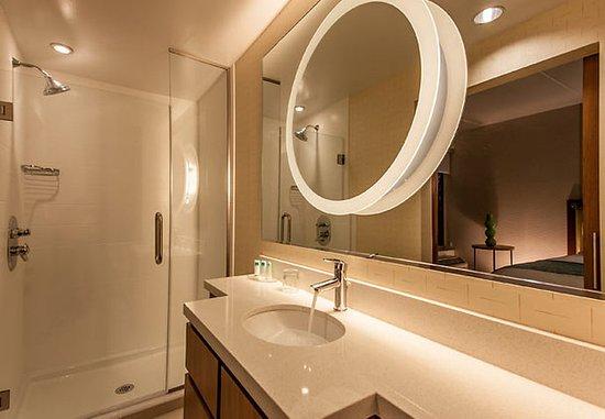 King of Prussia, Pensilvania: Suite Bathroom
