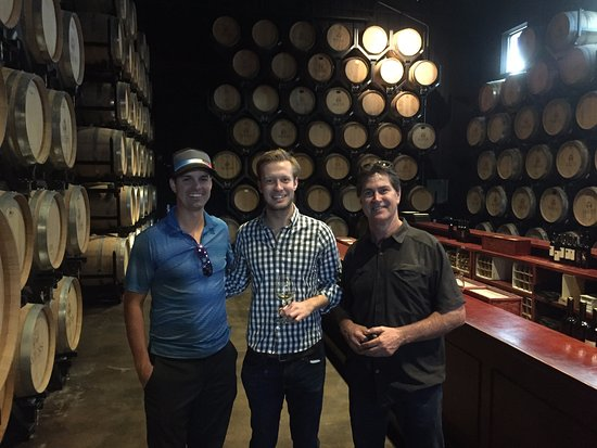 Temecula, كاليفورنيا: Impressive wooden barrels used to give the wine a specific taste ;)