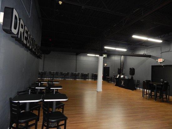 Mundelein, Ιλινόις: A Bigger location
