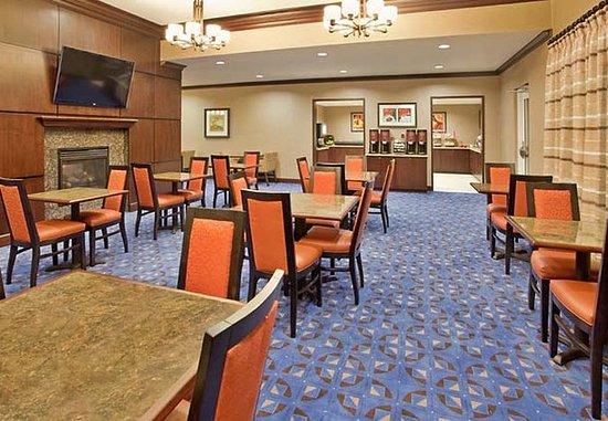Odessa, TX: Breakfast Dining Area