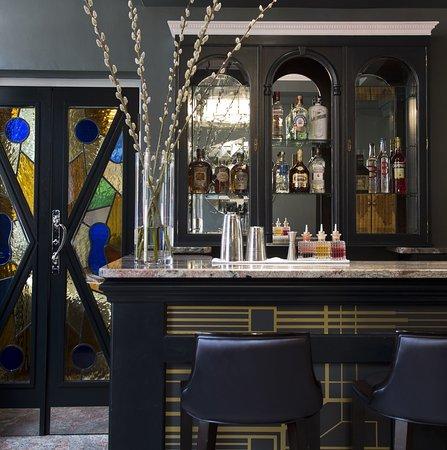 The California: Bar/Lounge