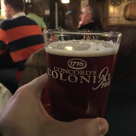 Concord's Colonial Inn: tasty draft beer in the pub at the back