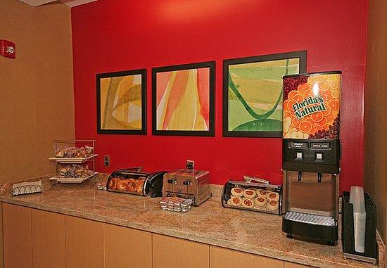 Aiken, SC: Complimentary Breakfast