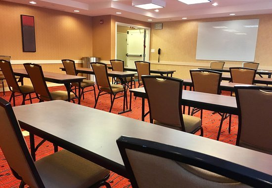 Largo, MD: Meeting Room