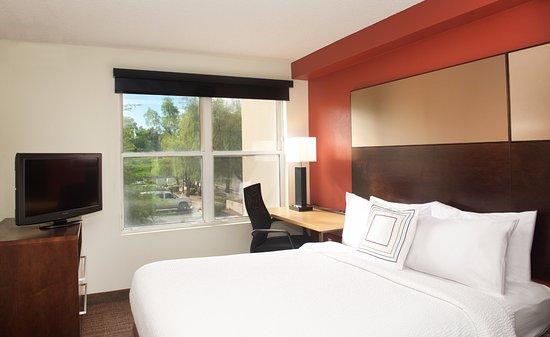 Residence Inn Phoenix Mesa Photo