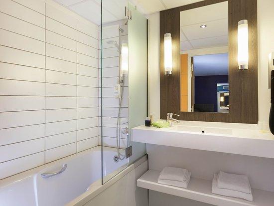 Ibis Styles Lyon Centre - Gare Part Dieu: Guest Room