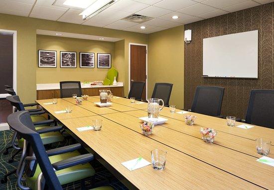Ridgeland, MS: Highland Conference Room – Boardroom Setup
