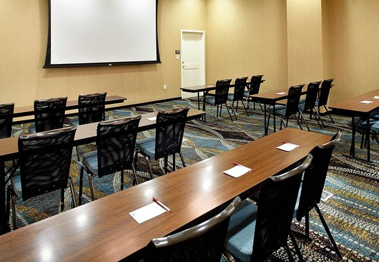 Secaucus, NJ: Meeting Room