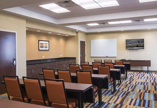 The Dalles, OR: Meeting Room – Classroom Setup
