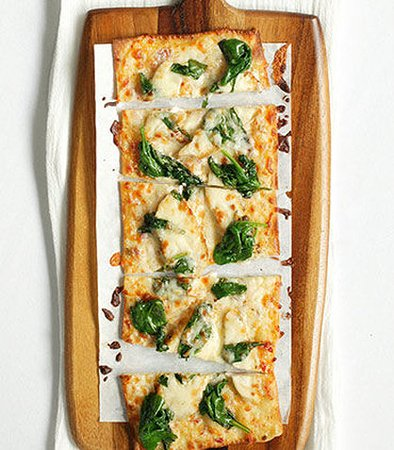Sunnyvale, CA: Spicy Chicken & Spinach Flatbread