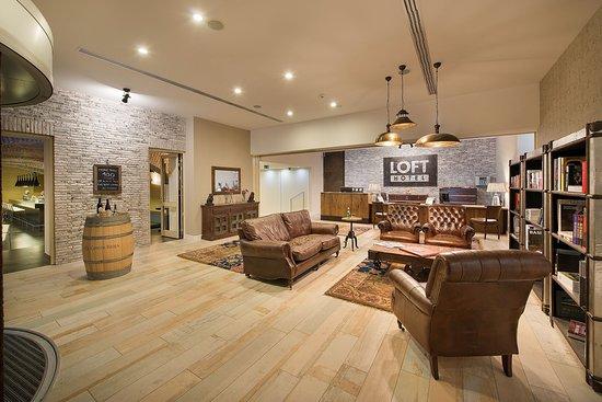 LOFT Hotel Bratislava: Hotel Lobby