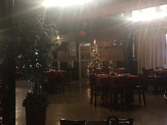 Smithville, MO: Christmas time @ Venezia