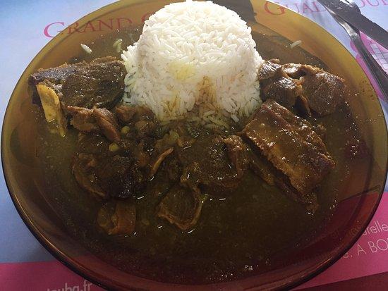 Saint-Claude, Guadeloupe: Le tamarinier