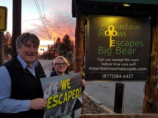 Big Bear City, CA: Mountain Room Escapes