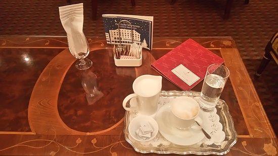 Storchen Zurich: The cappuccino version !