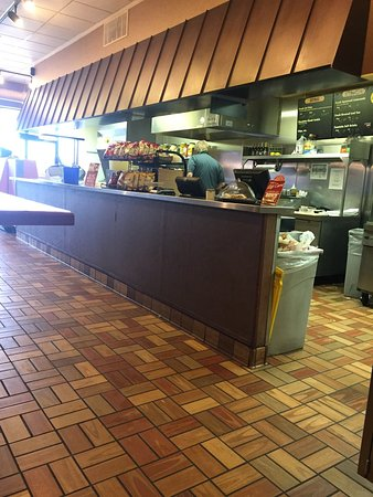 Harrison, OH: Penn Station E Coast Subs